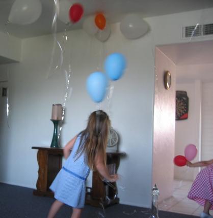 Eva's great-great grandchildren loved the balloons.