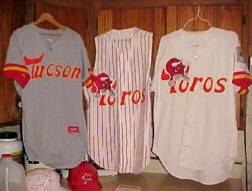 three kinds of Toros jerseys.