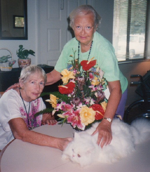 Mom, Aunt Flora, and cat
