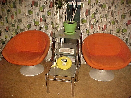 Would these chairs have fit in on the original Enterprise? Note the earth tone carpeting. Yuck!