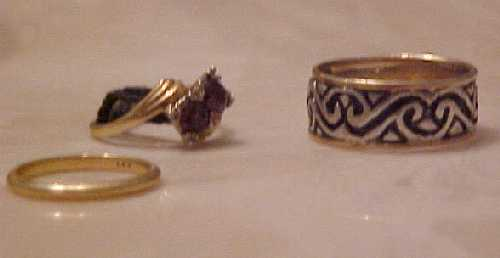 okay, so it's another ring that has the black thread.