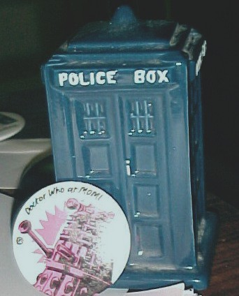 TARDIS bank and MOMI button