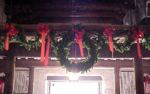 wreaths, 2004